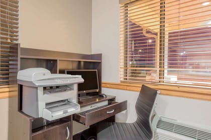 Business Center   Super 8 by Wyndham Hastings