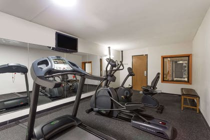 Health club | Super 8 by Wyndham Germantown/Milwaukee