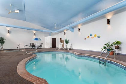 Pool | Super 8 by Wyndham Custer/Crazy Horse Area