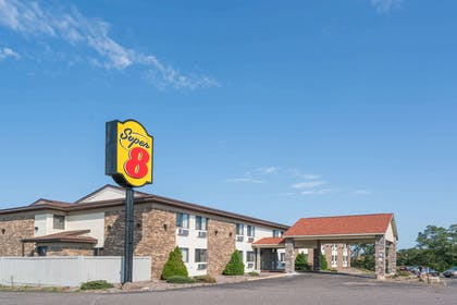 Welcome to the Super 8 Rice Lake | Super 8 by Wyndham Rice Lake