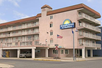 Welcome to the Days Inn & Suites Wildwood | Days Inn & Suites by Wyndham Wildwood