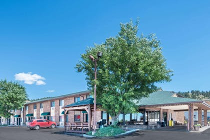 Exterior | Days Inn by Wyndham Spearfish