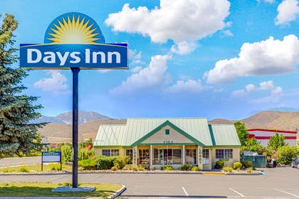 Welcome to the Days Inn Carson City | Days Inn by Wyndham Carson City