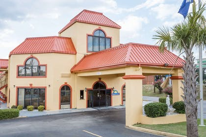 Exterior | Days Inn by Wyndham Orangeburg