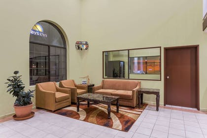 Lobby | Days Inn by Wyndham Holbrook