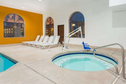 Pool | Days Inn by Wyndham Holbrook