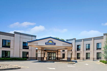 Welcome to the Days Inn Parsippany | Days Inn by Wyndham Parsippany