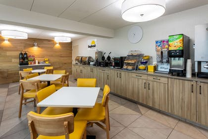 Property amenity   Days Inn & Suites by Wyndham Duluth by the Mall