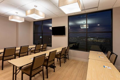 Meeting Room | Days Inn & Suites by Wyndham Duluth by the Mall