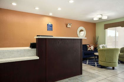 Lobby | Days Inn by Wyndham Jasper