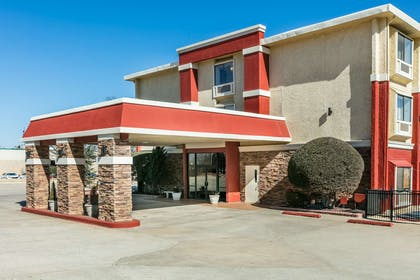 Exterior | Ramada by Wyndham Oklahoma City Airport North