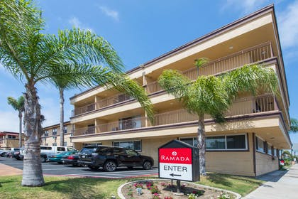 Welcome to the Ramada San Diego Airport | Ramada by Wyndham San Diego Airport