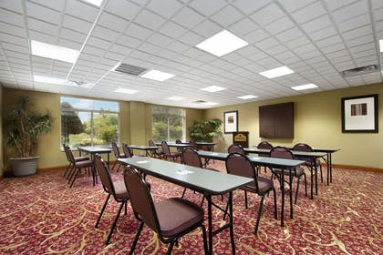Meeting Room | Wingate by Wyndham Chattanooga