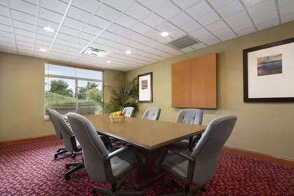 Fitness Center with Whirlpool | Wingate by Wyndham Chattanooga