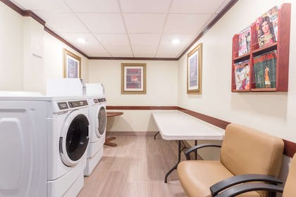 Laundry | Wingate by Wyndham Convention Ctr Closest Universal Orlando