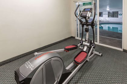 Fitness Center | Travelodge Suites by Wyndham Newberg