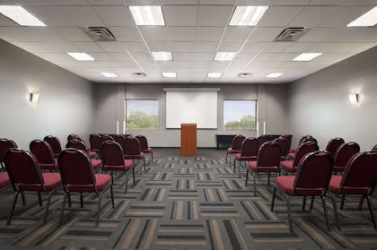 Meeting Room | Wingate by Wyndham Round Rock Hotel & Conference Center