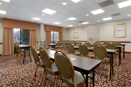 Meeting Room | Wingate by Wyndham Charlotte Airport South/ I-77 Tyvola Road