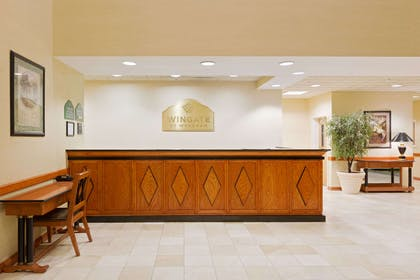 Front Desk | Wingate by Wyndham Charlotte Airport I-85/I-485