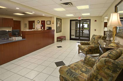 Lobby | Ramada Limited Mount Sterling