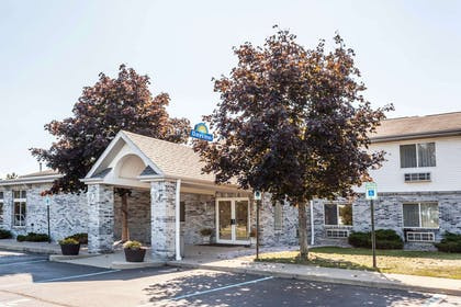 Welcome to the Days Inn Imlay City | Days Inn by Wyndham Imlay City