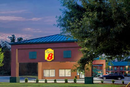 Super 8 Gainesville | Super 8 by Wyndham Gainesville