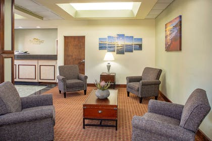 lobby view | Baymont by Wyndham Midway/Tallahassee