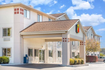 Welcome to the Super 8 West MiddlesexSharon Area | Super 8 by Wyndham West Middlesex/Sharon Area
