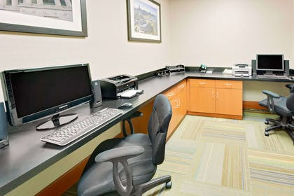 Business Center | Wingate by Wyndham Arlington Heights
