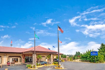 Welcome to the Baymont Inn and Suites Bremerton | Baymont by Wyndham Bremerton WA