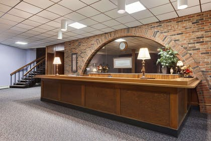 Front Desk | Travelodge by Wyndham Motel of St Cloud