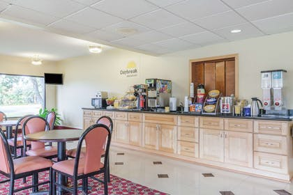 Breakfast Area | Days Inn by Wyndham LaPlace- New Orleans