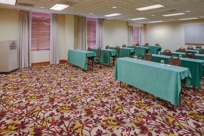 Meeting Room | Wingate by Wyndham Chantilly / Dulles Airport