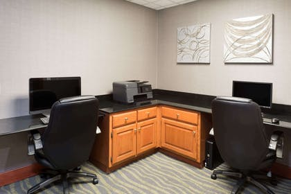 Business Center | Wingate by Wyndham Columbia