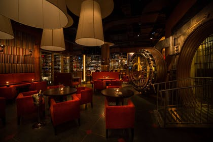 BarLounge | The New Yorker, A Wyndham Hotel