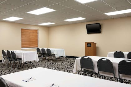 Meeting Room | Baymont by Wyndham Elizabethtown