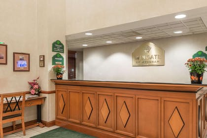 Front Desk | Wingate by Wyndham Indianapolis Airport-Rockville Rd.