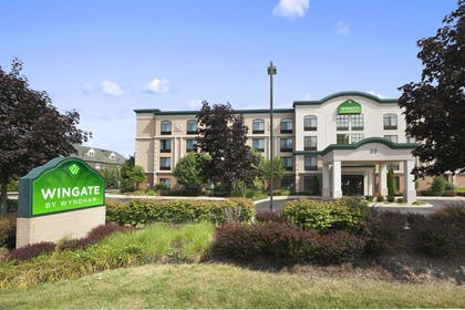 Welcome to the Wingate by Wyndham Schaumburg | Wingate by Wyndham Schaumburg / Convention Center