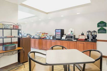 Property amenity | Wingate by Wyndham Green Bay/Airport