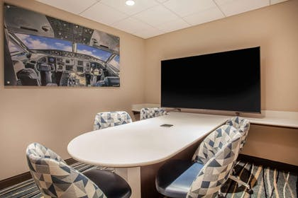 Meeting Room | Wingate by Wyndham - Orlando International Airport