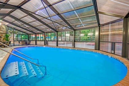 Pool | Baymont by Wyndham Gatlinburg On The River