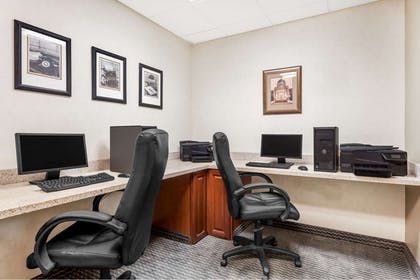 Business Center | Wingate by Wyndham Helena Airport