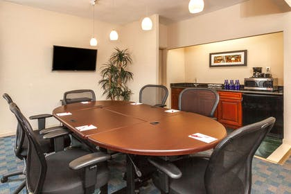 Meeting Room | Ramada by Wyndham Jersey City