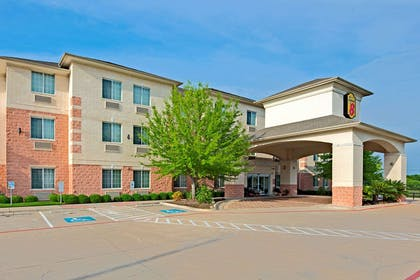 Welcome to the Super 8 AustinAirport North   Super 8 by Wyndham Austin/Airport North