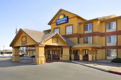 Welcome to Days Inn and Suites Surprise   Days Inn & Suites by Wyndham Surprise