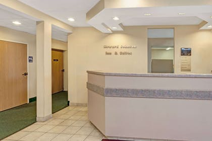 Front Desk | Howard Johnson Hotel & Suites by Wyndham Elk Grove Village