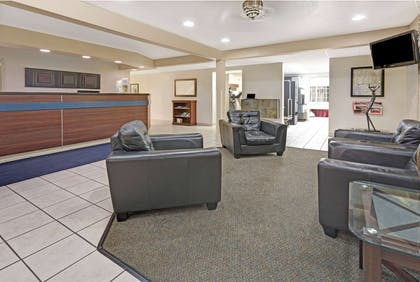 Lobby | Days Inn by Wyndham Greeley