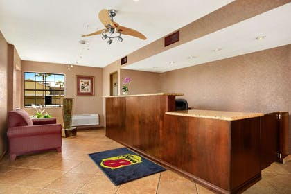 Lobby | Super 8 by Wyndham El Centro