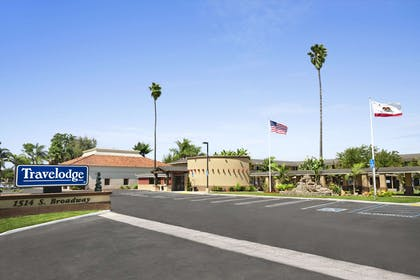 Welcome to Travelodge Santa Maria | Travelodge by Wyndham Santa Maria