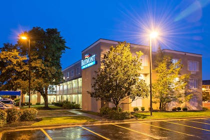 Welcome to the Baymont Louisville | Baymont by Wyndham Louisville East